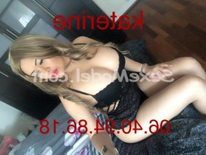 Marie-angelina massage tantrique escorte trans fille libertine